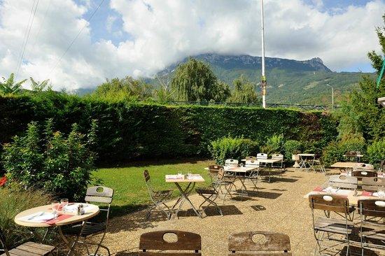 Campanile Grenoble Sud - Seyssins : terasse