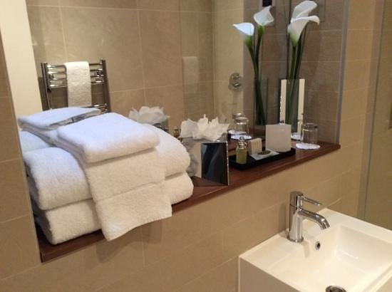 Fraser Place Canary Wharf: bathroom amenities