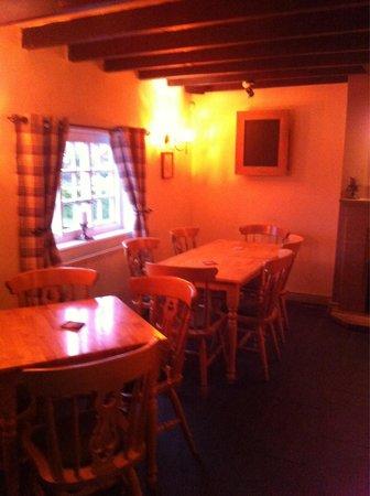 The Horseshoe Inn: Country village pub.