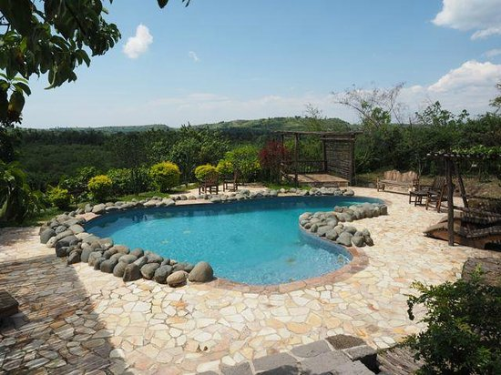 Kyambura Gorge Lodge: The Pool