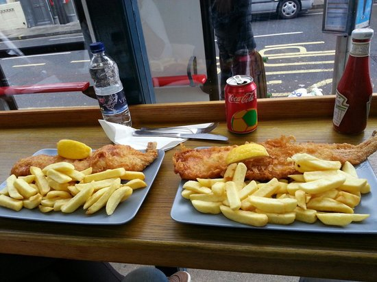Baileys Fish and Chips: Fish &  chips mediano y grande