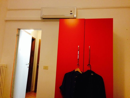 Hotel d'Azeglio: Double room with ensuite