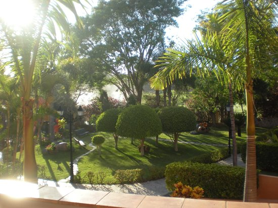 Villa Mandi Golf Resort: Balcony view