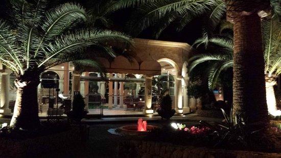 Lago Garden Hotel: Eingangsbereich Hotel