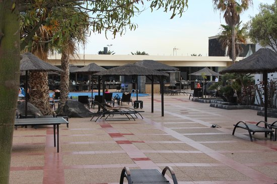 Vitalclass Lanzarote Sport & Wellness Resort: PISCINA