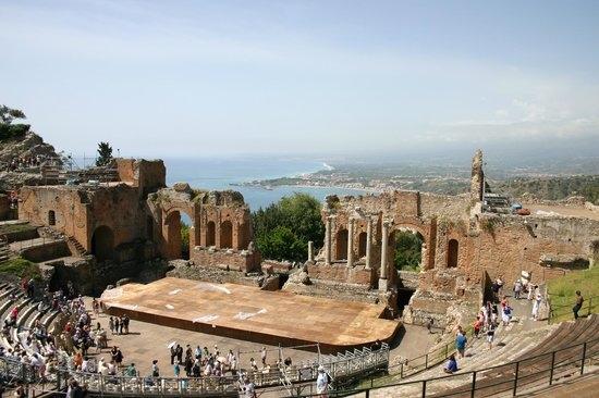 Ancient Theatre of Taormina : The amphitheatre and view over the bay
