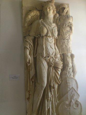 Carthage Museum : statue