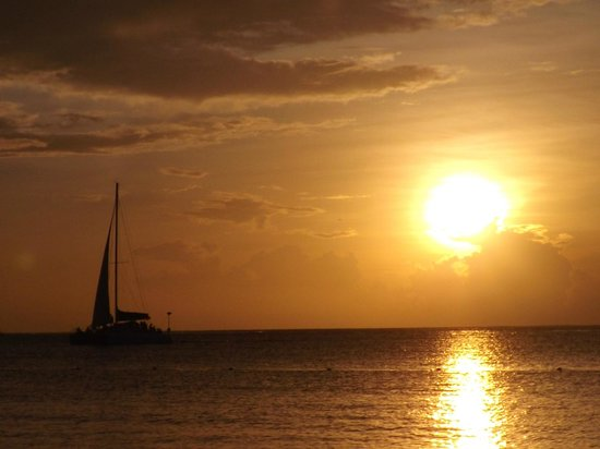Hotel Riu Montego Bay : taken from the hotel beach