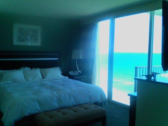 Radisson Suite Hotel Oceanfront: Gorgeous Suite!