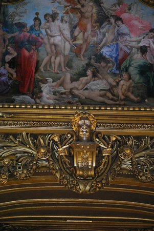 Opéra Garnier : More gild and painting