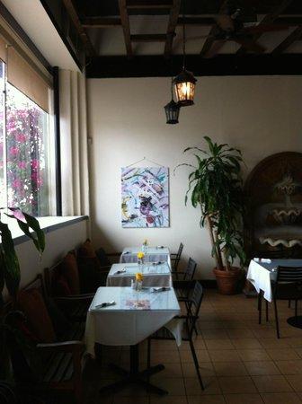 Amy's Patio Cafe