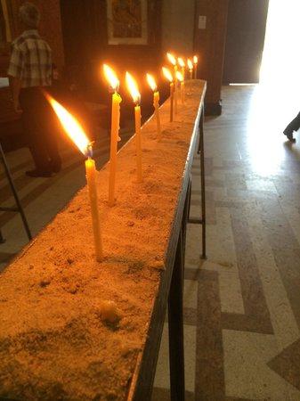 Tsminda Sameba Cathedral: candles