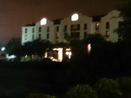 Best Western Suites Near Opryland: Quiet Nightime