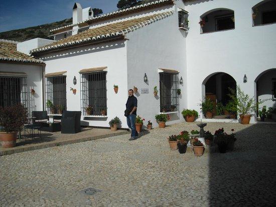 Hotel La Fuente del Sol: Entrada