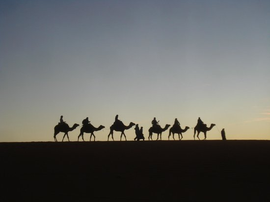 Auberge Sandfisch: Superbe caravane au coucher du soleil