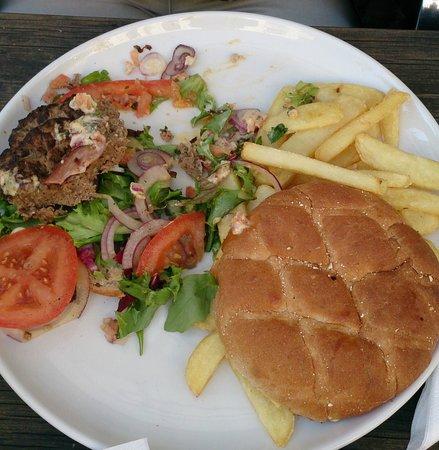 Fellini Stromso: Hamburger