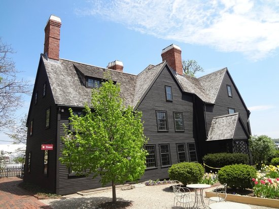 The House of the Seven Gables: House Of The Seven Gables!
