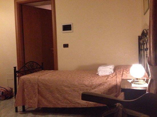 Al Casale De Santis: Комната