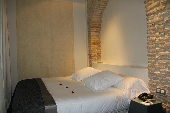 Hospes Palacio del Bailio: chambre