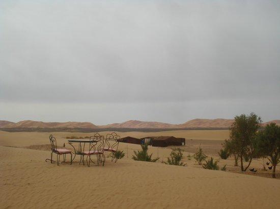 Auberge Sandfisch: Le campement dans le désert