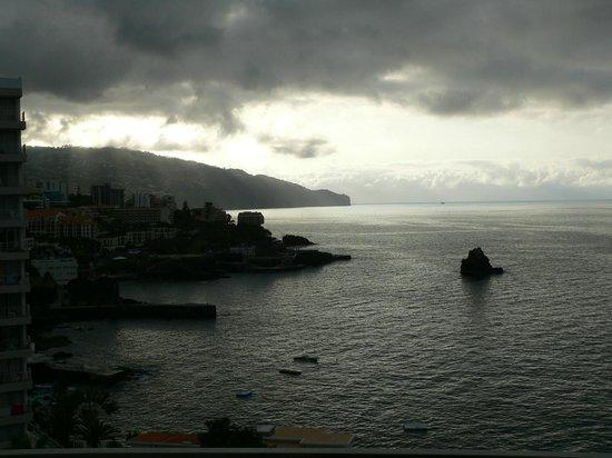 Madeira Regency Cliff: Вид из окна рано утром