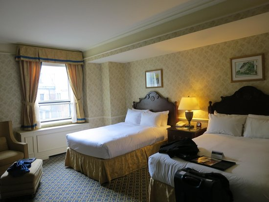 Fairmont Le Chateau Frontenac : Courtyard View Room - 5th Floor
