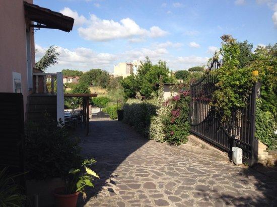 Al Casale De Santis: Внутренний дворик