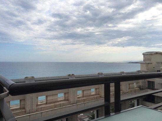 Hyatt Regency Nice Palais de la Mediterranee: La vue de notre chambre