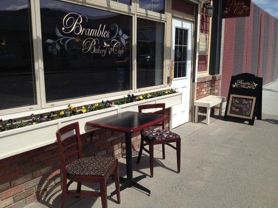 Brambles Bakery & Cafe: outside