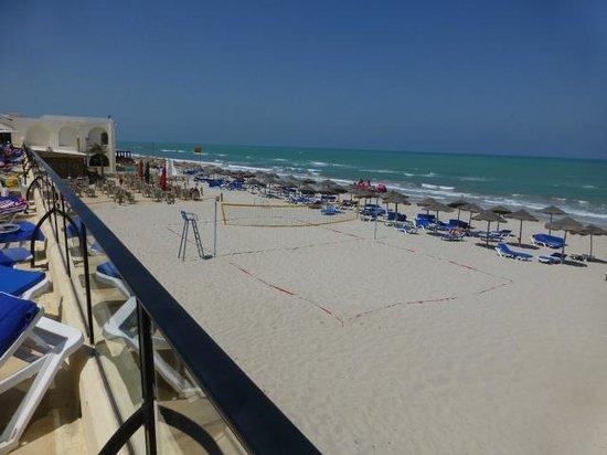 SENTIDO Djerba Beach : elke dag volley op strand