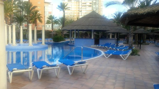 Sol Pelicanos Ocas : Nice looking pool.