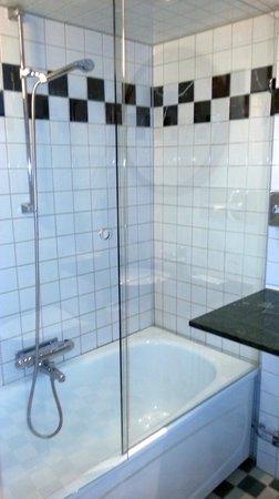Elite Palace Hotel Stockholm: Bath
