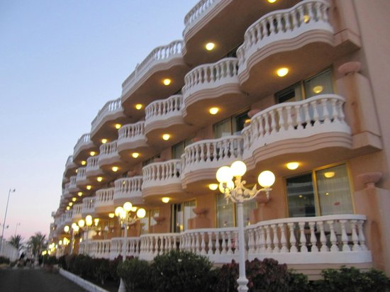 Cleopatra Palace Hotel: Вид на отель