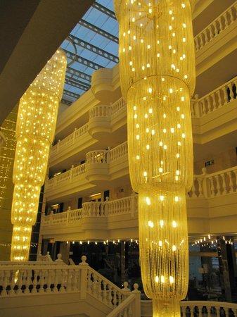 Cleopatra Palace Hotel : Вечером в отеле