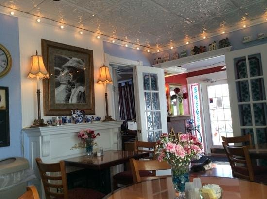 American Boutique Inn - Lakeview: breakfast room