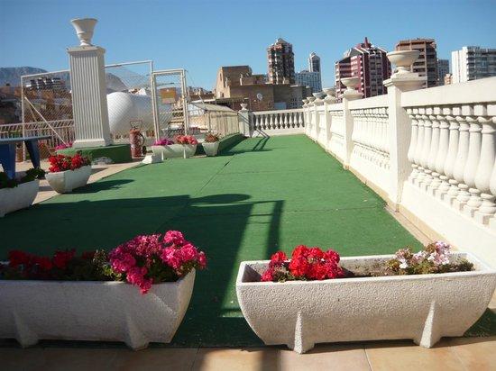 Magic Cristal Park Hotel: el tereno de golf  en la planta 7