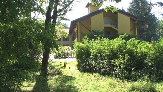 Park Motel & Hotel La Selva: LATO
