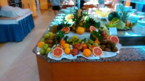 FERGUS Pax: Mesa de frutas