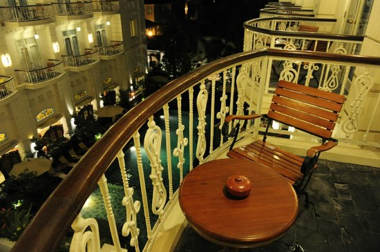 The Phoenix Hotel Yogyakarta - MGallery Collection: The Phoenix Hotel Yogyakarta - Sultan Suite