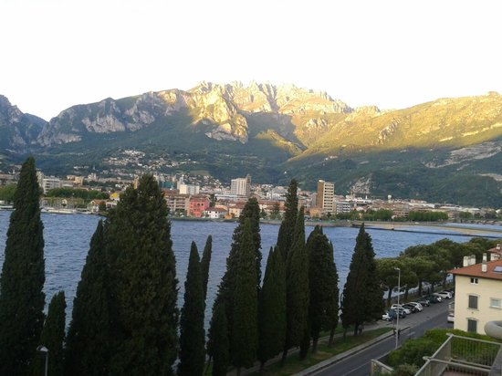 Clarion Collection Hotel Griso Lecco: The beautiful town of Lecco by the Como Lake