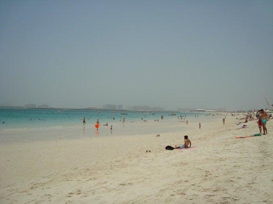 Ramada Plaza Jumeirah Beach: Beach