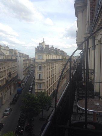 Hotel Berne Opera: View from room window 5th floor