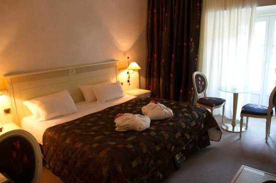 Hostellerie de l'Abbaye: Room