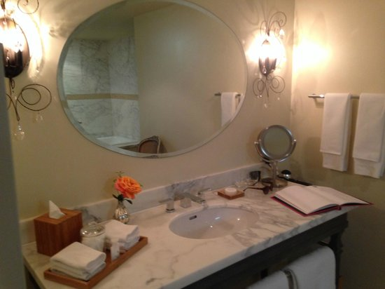 The Ivy at Verity : Bathroom