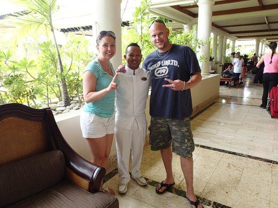 Paradisus Palma Real Golf & Spa Resort : Our butler Luis Martinez
