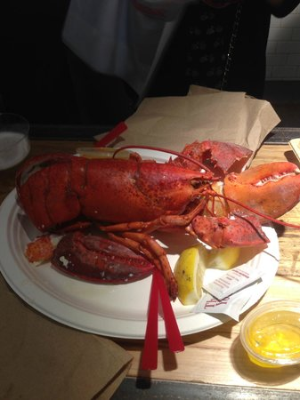 The Lobster Place : Medium lobster to share
