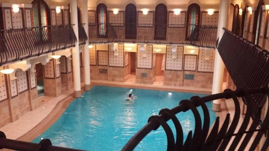 Corinthia Hotel Budapest: The swimming pool of the Royal Spa