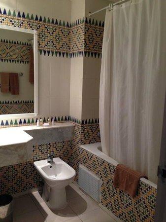El Mouradi Djerba Menzel: Salle de bains