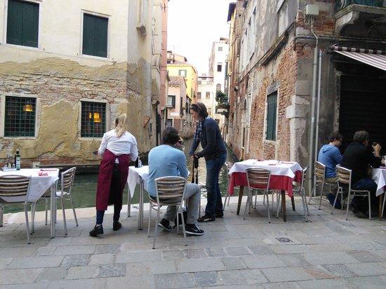 B&B San Giacomo Venezia : Dinner by the canal