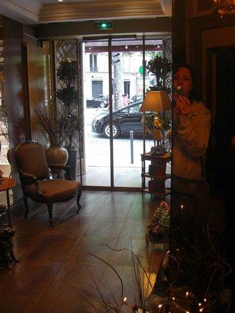 Hotel d'Argenson : La piccola hall dell'Hotel